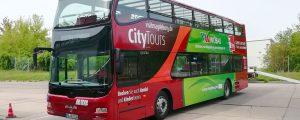 Doppeldeckerbus der Stadt Magdeburg mit neuer Teilfolierung