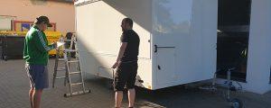 Eiswagen vor Folierung by easymedia